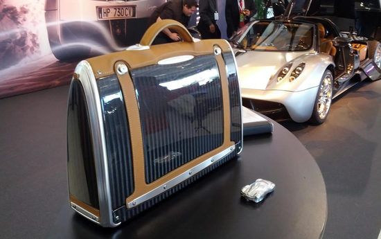 Pagani Automobile to launch Huayra based bags for men