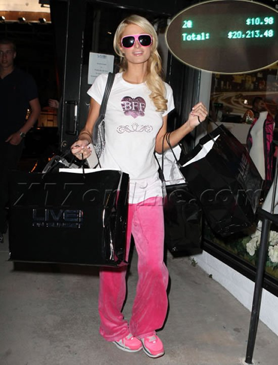 Paris-Hilton-shopping.jpg