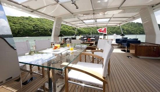 Pendennis-Akalam-yacht-2.jpg
