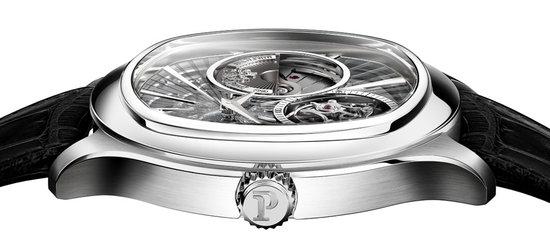 Piaget's-Ultra-thin-Emperador-Coussin-2.jpg