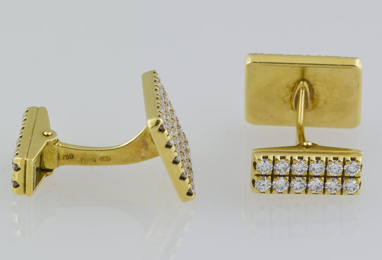 Piaget's-diamond-studded-cufflinks-2.jpg