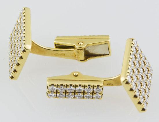 Piaget's-diamond-studded-cufflinks-3.jpg