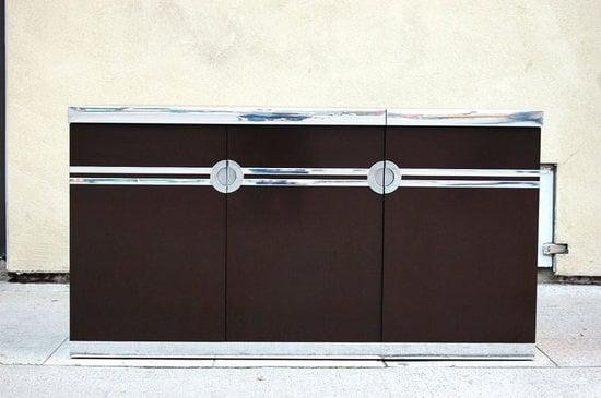 Pierre-Cardin's-vintage-bar-2.jpg