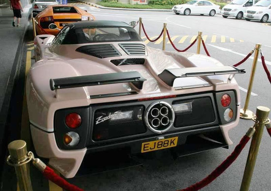 Pink-Pagani-Zonda-C12-S-Roadster-3.jpg