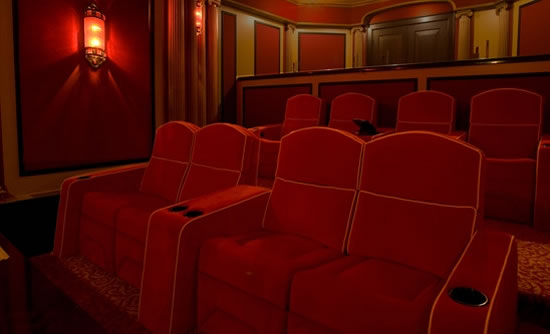 Pirates-of-the-Caribbean-Theme-HomeTheater4.jpg