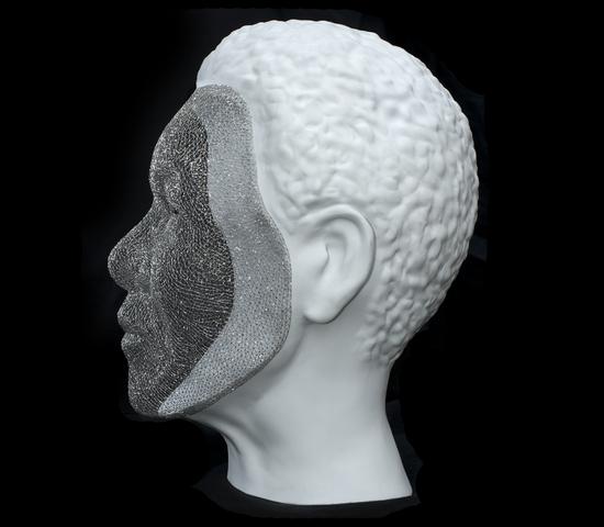 Platinum-wire-Mandela-sculpture-2.jpg