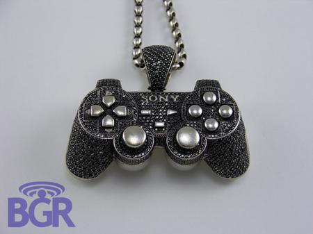 Playstation_Pendant_2.jpg