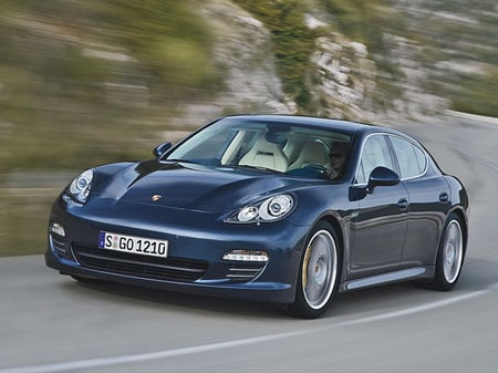 Porsche_Panamera_Interior_7.jpg