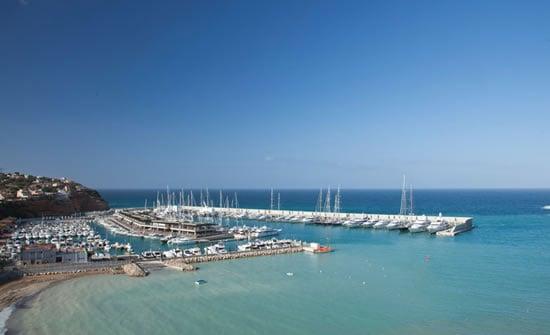 Port_Adriano_marina_Philippe_Starck.jpg