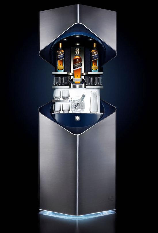 Private-Bar-By-Porsche-Design-For-Johnnie-Walker-Blue-Label-3.jpg