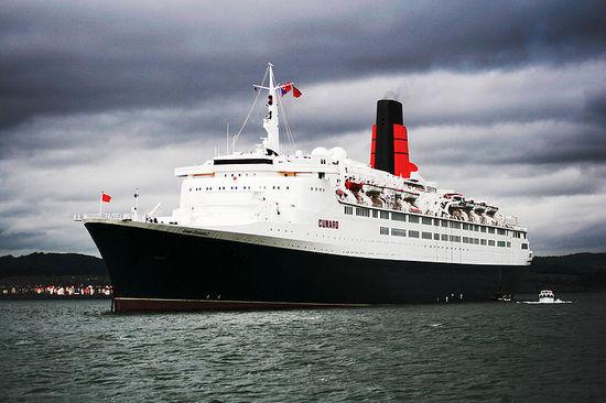 Queen-Elizabeth-2.jpg