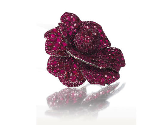 RUBY_FLOWER_BROOCH.jpg