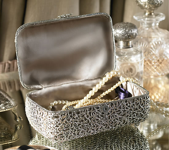 Ralph-Lauren-Delaine-Jewelry-Box-2.jpg