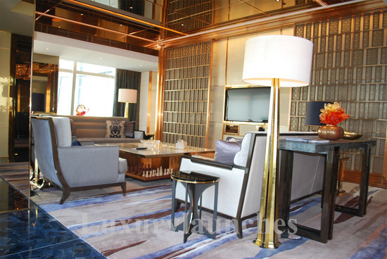 Ritz-carlton-hong-kong-presidential-suite-3.jpg