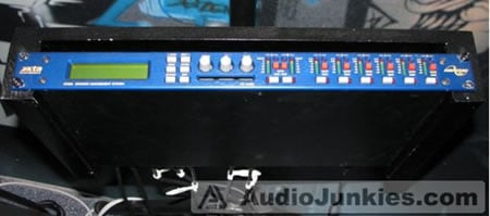 Rogue_Acoustics_Audio_System_5.jpg