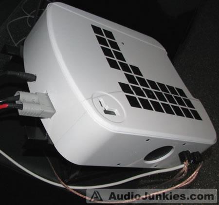 Rogue_Acoustics_Audio_System_6.jpg