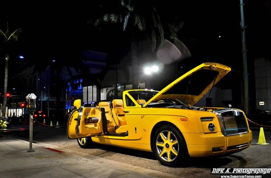 Rolls-Royce-Phantom-DHC-by-Bijan-2.jpg