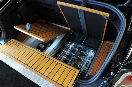 Rolls-Royce-bespoke-experts2.jpg