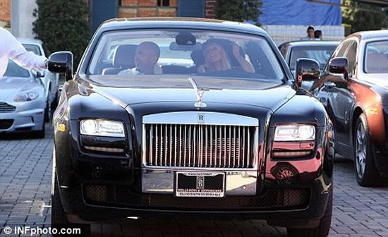 Rolls-Royce-electric-zero-emission-stretch-limo3.jpg