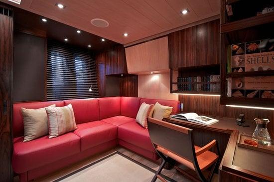 Sarissa-luxury-yacht-7.jpg