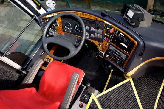 Schumacher's-Scuderia-Ferrari-Motorhome-8.jpg