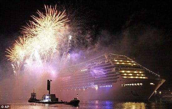 Sophia-Loren-christens-MSC-Cruises3.jpg