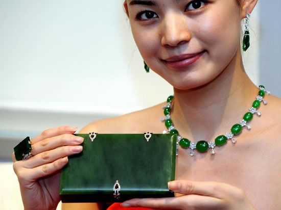 Sotheby-Magnificent-Jewels-and-Jadeite-Autumn-Sale-3.jpg