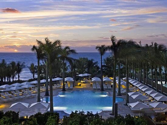 St_Regis_Bal_Harbour_Resort_resort_pool.jpg