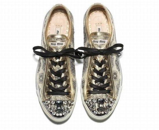 Super-Sparkly-Sneakers-2.jpg