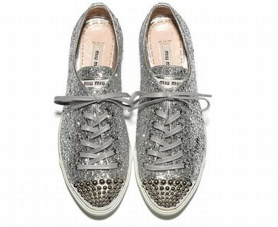 Super-Sparkly-Sneakers-3.jpg