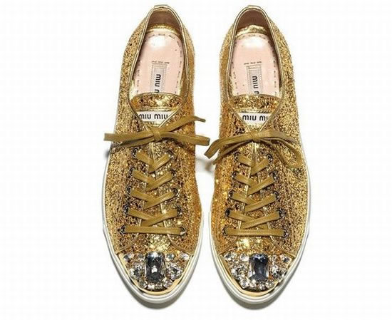 Super-Sparkly-Sneakers-4.jpg