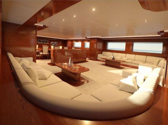 Superyacht-Baron-Trenck-4.jpg