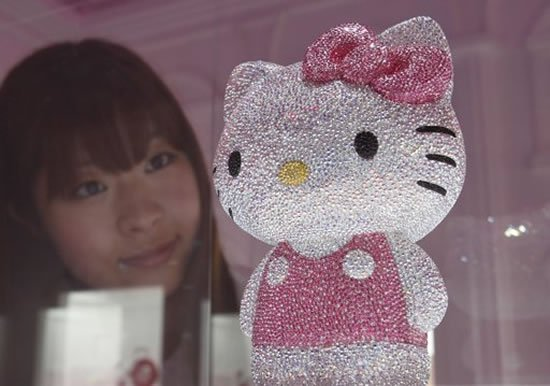 Swarovski-studded-Hello-Kitty2.jpg