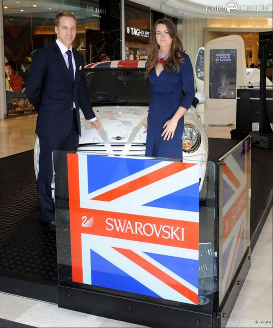 Swarovski-studded-Royal-Mini-Cooper-5.jpg