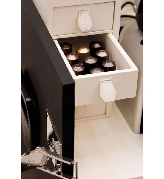 T-T-Trunk-Mini-Bar-3.jpg