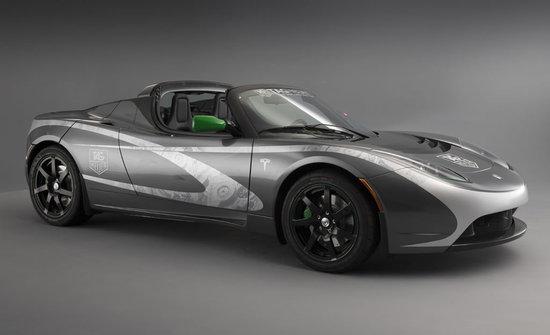 TAG-Heuer-Tesla-Roadster_2.jpg