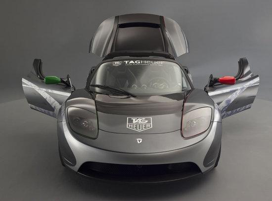 TAG-Heuer-Tesla-Roadster_3.jpg