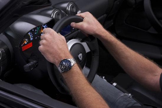 TAG-Heuer-Tesla-Roadster_4.jpg