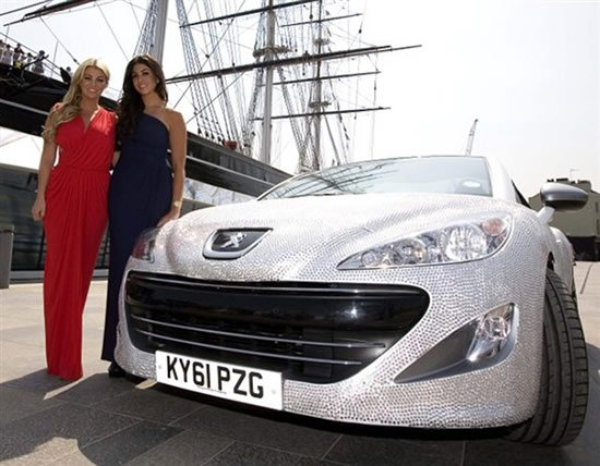 TOWIE-stars-celebrate-jubilee-with-diamond-encrusted-Peugeot-10.jpg