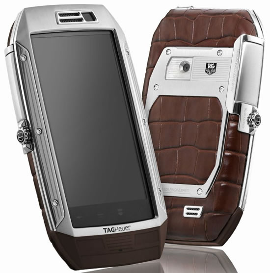 Tag-Heuer-Link-Smartphone-2.jpg