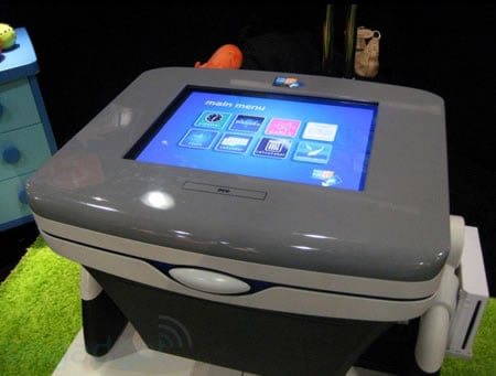ToyQuest_touch_table_2.jpg