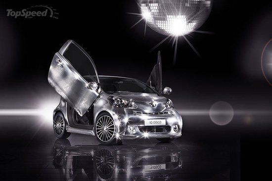 Toyota_iQ_Disco_car2.jpg