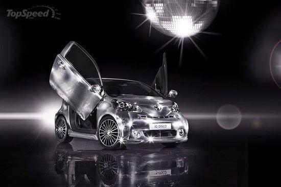 Toyota_iQ_Disco_car2.jpg