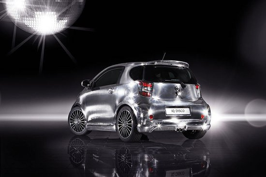 Toyota_iQ_Disco_car3.jpg