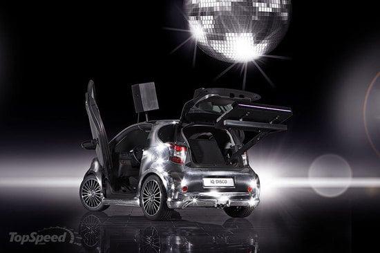Toyota_iQ_Disco_car5.jpg