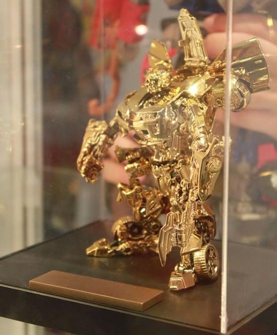 Transformers_Gold_Bumblebee_2.jpg