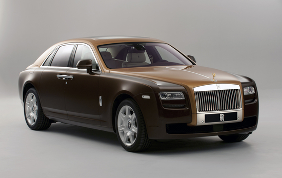 Two-tone-Rolls-Royce-Ghost-bespoke-models-unveiled-at4.jpg