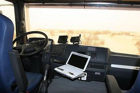 UNICAT_MAN_6x6_truck_5.jpg