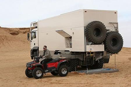UNICAT_MAN_6x6_truck_6.jpg