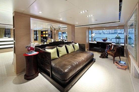 Uber-luxurious-Motor-Yacht-Satori-6.jpg